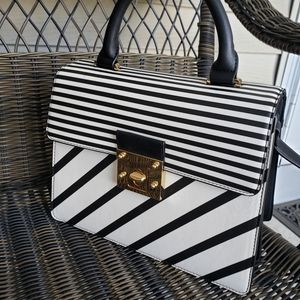 Marks & Spencer Top Handle Black & White 🖤🤍